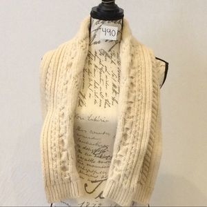 Gap Chunky Knitted Scarf-EUC